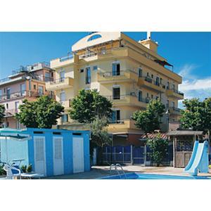 Hotel rimini i migliori hotel di - Residence riccione con piscina ...